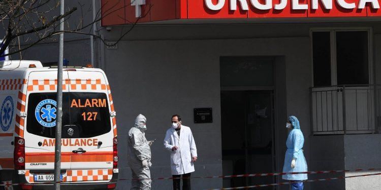 PREJ 10 DITËSH…/ Ndërron jetë një tjetër i infektuar me koronavirus në Shqipëri
