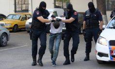 NGACMIM SEKSUAL NË DURRËS/ Kreu veprime të turpshme me një 9 dhe 13 vjeçare, arrestohet 56 vjeçari