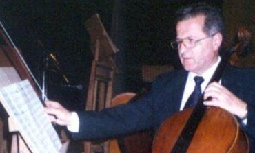 E TRISHTË/ Ndahet nga jeta mjeshtri i madh i violinçelës Gjovalin Lazri