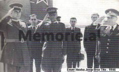 """DOSSIER/ """"Aspiratë maniake për madhështi, mosbesues, paranojak dhe…"""", çfarë shkruhej në librin """"Shqipëria nën hijen e një tirani"""", për Enver Hoxhën..."""