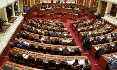 NJË HAP LARG MIRATIMIT/ Plotësohen votat për Kodin Zgjedhor, kush janë 6 deputetët që i thanë PO marrëveshjes