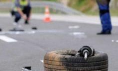 AKSIDENT NË ELBASAN/ Fuoristrada del nga rruga, plagoset shoferi