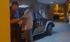 400-500 EURO PËR NJË PERSON/ Arrestohet 21-vjeçari në Elbasan, po transportonte 9 shtetas të huaj