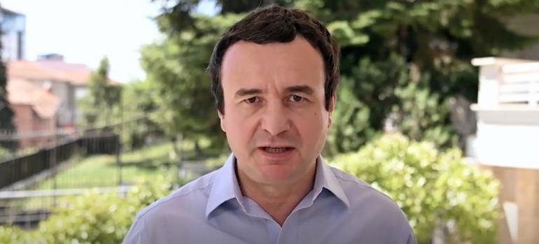 KUNDËR HASHIM THAÇIT/ Albin Kurti: E mori karrigen e Presidentit me vete para Prokurorisë Speciale, Hoti vegël e tij (VIDEO)