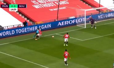 """SHTANGEN """"DJAJTË E KUQ""""/ Maguiere SKANDALOZ, lojtari i Bournemouth tallet me të (VIDEO)"""