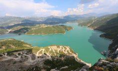 DESTINACIONI I DITËS/ Liqeni i Bovillës,  një mrekulli turistike shumë pranë Tiranës (PAMJET)