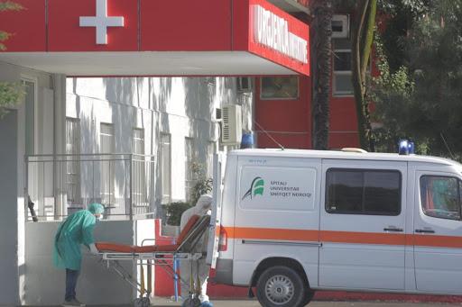 KORONAVIRUSI/ Infektohet një familje në Pogradec. Shkon në 13 numri…