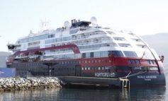 COVID-19/ Bllokohet anija norvegjeze, 40 persona të infektuar nga koronavirusi