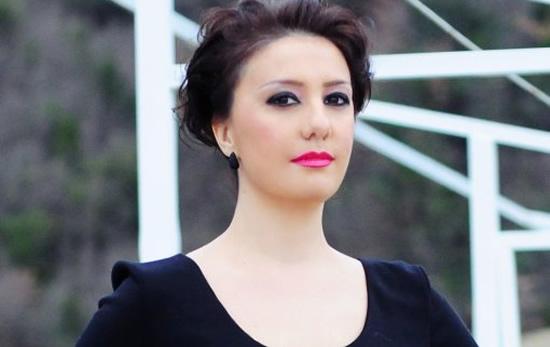 """""""KËRCËNON"""" MJEKËT/ Habit Aida Shtino: Mbajeni mend! Turma e tërbuar nga zemërimi do ju vërsulet"""