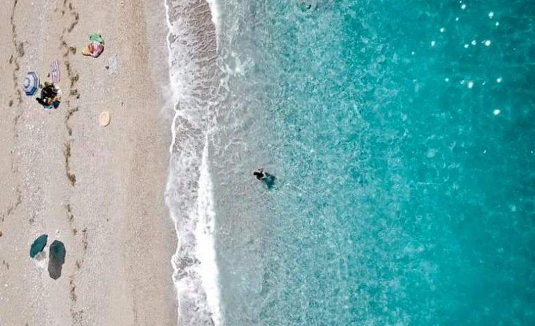 """""""BEAUTIFUL ALBANIA""""/ Rama promovon një nga plazhet më të veçanta, Gjirin e Krorëzës në Sarandë"""