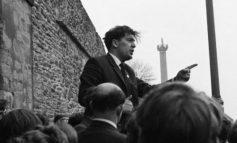 VDES NË MOSHËN 83-VJEÇARE NOBELISTI PËR PAQE/ John Hume, artizani i pajtimit në Irlandën e Veriut