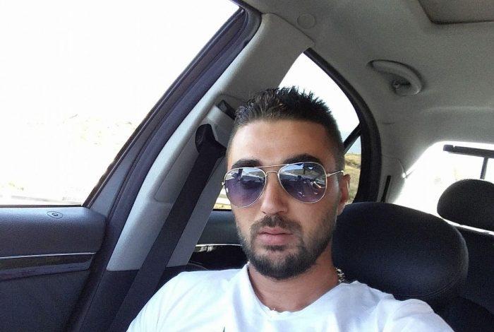 VDIQ DUKE RREGULLUAR NJË MAKINERI NË PUNË/ Del FOTO dhe emri i 29-vjeçarit nga Tropoja, vëllai i bën dedikimin prekës: Ike para kohe…
