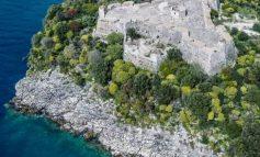 """""""BEAUTIFUL ALBANIA""""/ Kalaja e Ali Pashës në Porto Palermo, destinacioni turistik mes detit dhe legjendës"""