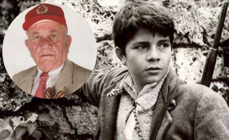 """E TRISHTË/ Ndahet nga jeta """"Partizani i vogël Velo"""" Konstandin Ropi, heroi që frymëzoi subjektin e filmit"""