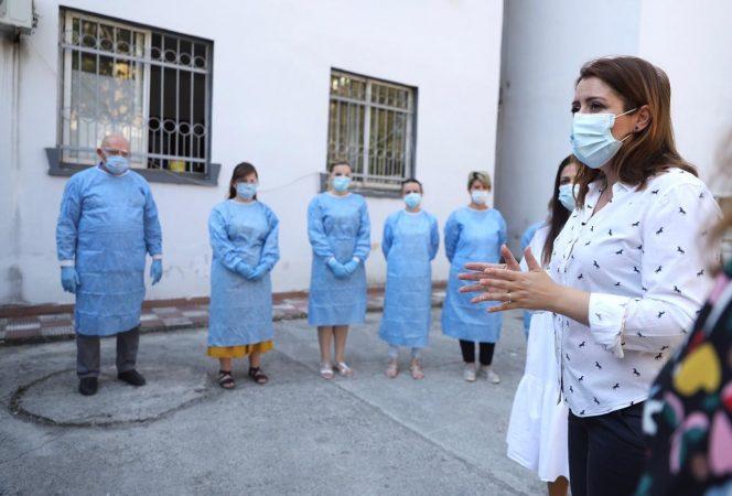 DYFISHOHET NUMRI I EPIDEMIOLOGËVE NË TERREN/ Manastirliu: Shtohen 300 punonjës, vjeshta e dimri do jenë të vështirë