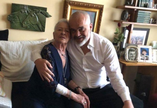 I VDIQ E ËMA/ Hoti ngushëllon Ramën: Me dhimbje mora vesh lajmin e hidhur, qoftë i përjetshëm kujtimi për të!