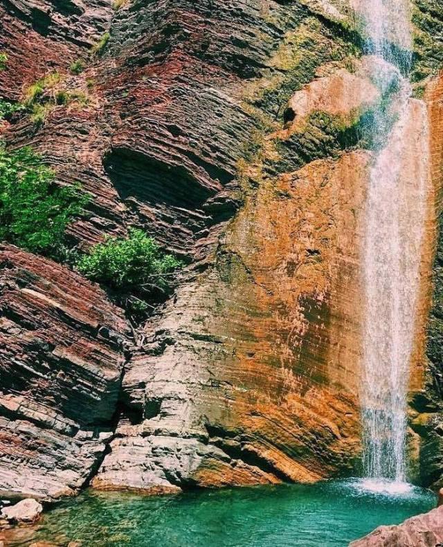 """DESTINACION """"I FSHEHUR""""/ Ujëvara e Shën Gjergjit, një mrekulli që duhet  eksploruar (PAMJET) – AlpeNews"""