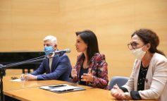 LAJMI I MIRË/ 1 mijë mësues shtesë më 2020-2021 për të përballuar nevojat gjatë pandemisë