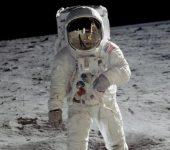 NASA ME PLANE TË MËDHA/ Do dërgojë gruan e parë në Hënë në vitin 2024
