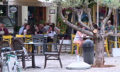 SHIFRAT/ Shqiptarët shpenzuan 54 milionë euro më pak në bare e restorante në tremujorin e dytë