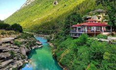 """""""PARAJSA"""" SHQIPTARE/ Gryka e Këlcyrës, destinacion me vlera të mëdha turistike dhe natyrore (PAMJET)"""