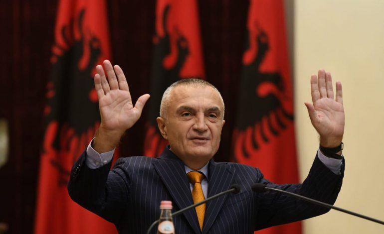 Kur Presidenti i Republikës e shet hallin personal, si kombëtar!