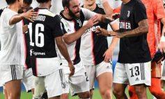 """MBROJTËSI BRAZILIAN U DËMTUA NË STËRVITJE/ Titullari i Juventus 1 muaj jashtë fushave, """"Djajtë e Kuq"""" i bëjnë ofertë"""