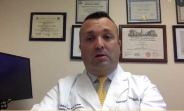 """""""JA PASOJAT QË COVID-19 LË NË TRU""""/ Mjeku shqiptar në SHBA: Po prek moshat e reja, i çon pacientët deri në vetëvrasje"""