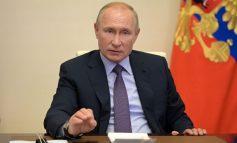 TELEFONON KRYEMINISTRIN ARMEN/ Putin kërkon paqe: Ndalni veprimet ushtarake