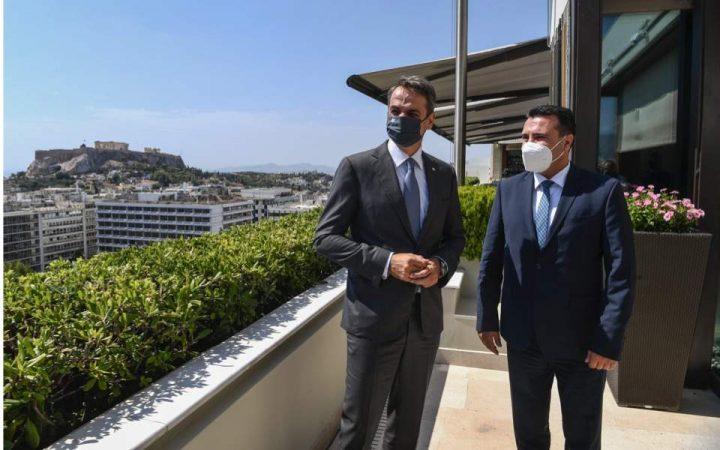 """MITSOTAKIS JEP """"OK""""/ Zaev: Greqia do i ofrojë Shqipërisë dhe Maqedonisë së Veriut vaksinën e COVID-19"""