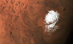 """E RRALLË/ Zbulohen """"trupa ujorë"""" në planetin Mars"""