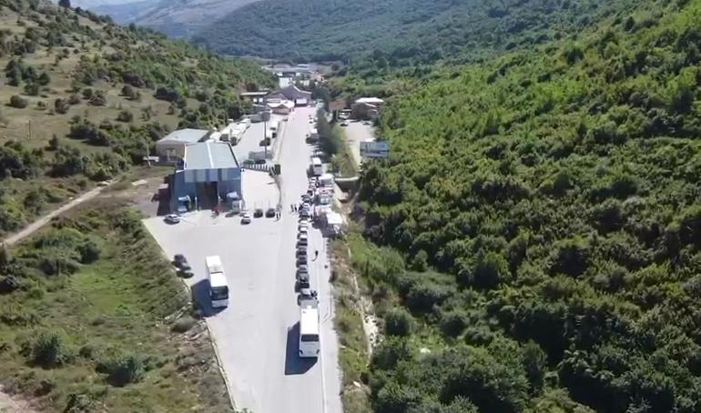 COVID-19/ Greqia shtyn masat, kufiri me Shqipërinë i mbyllur deri më 30…