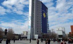 NUK KURSEHET QEVERIA KOSOVARE/ Ndan 60 mln euro për subvencionimin e pagave të bizneseve. 7.5 mln për skemën e pensioneve