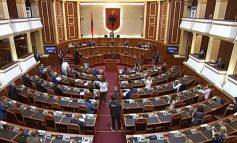 DO I LIHET KOHE.../ Shtyhet miratimi i ndryshimeve në Kodin Zgjedhor, nuk votohen më 1 tetor