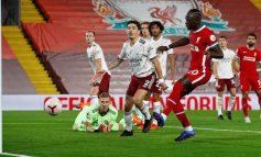 """TRIUMFOJNË KAMPIONËT E ANGLISË/ Liverpool mposht """"Topçinjtë"""" me përmbysje, Diogo Jota debuton me gol"""
