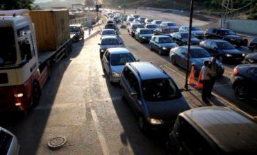 FLUKS I MADH AUTOMJETESH NË MORINË/ 7 mijë kosovarë drejt bregdetit për të kaluar fundjavën, s'i ndal as moti i keq