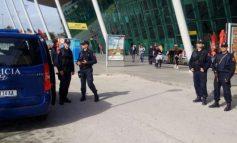 ALARM NË AEROPORTIN E RINASIT/ Evakuohen punonjësit dhe qytetarët (VIDEO)