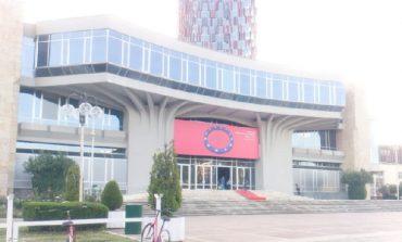 MBLEDHJA KOSOVË-SHQIPËRI/ Mbahet në orën 11:00 në Pallatin e Kongreseve