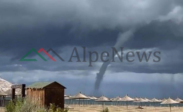 PAMJET EKSKLUZIVE/ Tornado në Gjirin e Lalzit, banorët…