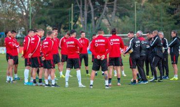 """""""U KTHEVA PAS NJË KOHE TË GJATË...""""/ Mbrojtësi i Shqipërisë i lumtur për debutimin me ekipin e ri (FOTO)"""