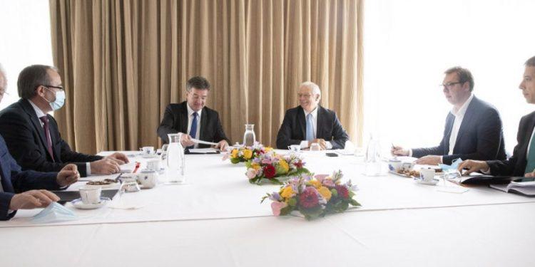 DIALOGU ME SERBINË/ Qeveria e Kosovës konfirmon takimin e së enjtes në Bruksel