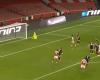 """I JASHTËZAKONSHËM/ Sulmuesi i Arsenal realizon golin """"MAGJIK"""" të mbrëmjes (VIDEO)"""