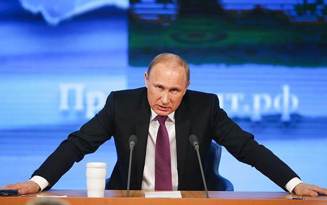 """KAP """"MAT"""" SPIUNIN/ Përcillte informacionet tek amerikanët, Putin: Tradhti shtetërore…"""