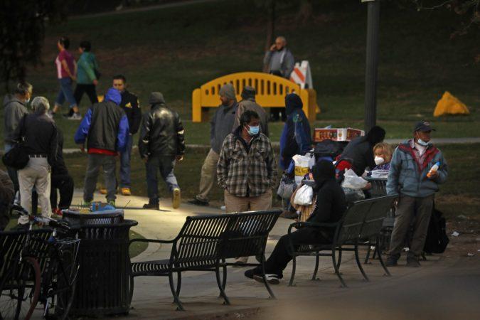 SHIFRA ALARMANTE NGA COVID-19/ Kalifornia e SHBA vendos shtetrrethim gjatë natës