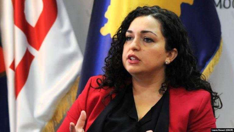 DITA E PAVARËSISË/ Vjosa Osmani: 28 Nëntori, ditë krenarie e shprese për çdo shqiptar.