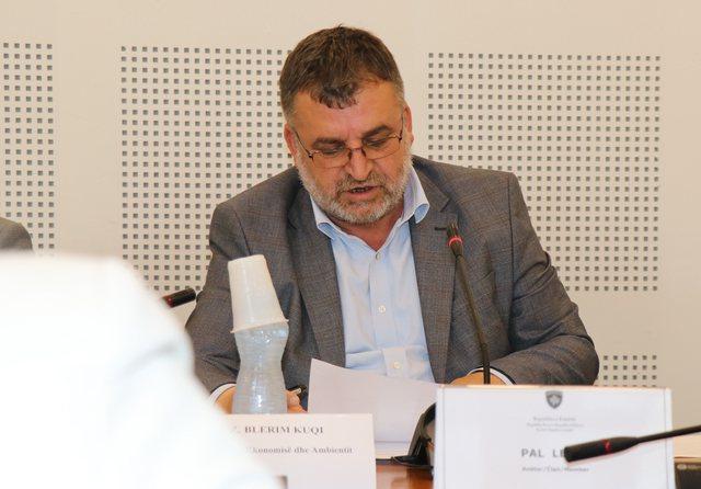 KOSOVË/ Ministrii Ekonomisë jep dorëheqjen, do angazhohem me AAK-në në zgjedhje