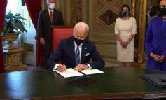 """BIDEN I """"PËRVISHET"""" PUNËS/ Vetëm pak orë pasi mori detyrën si president i SHBA nënshkruan tri..."""