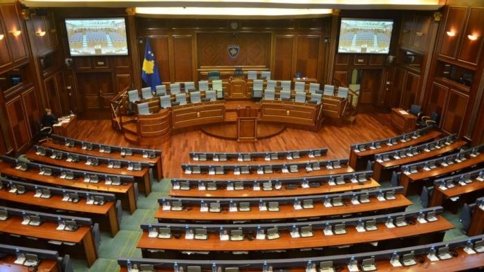 ZGJEDHJET PËR QEVERINË E RE NË KOSOVË/ Kandidojnë për deputet 1079 persona, në Kuvend janë 120 vende