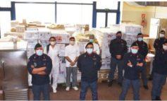 E PAZAKONTË/ Policët italianë dhurojnë 25.000 euro ushqime për familjet në nevojë