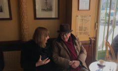 """INTERVISTË ME ALDA BARDHYLIN/ Rrëfimi i një shkrimtari """"të ngrysur"""", që na sjell një Ismail Kadare plot humor!"""